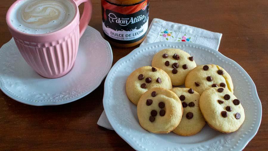 receta de cookies rellenas con dulce de leche