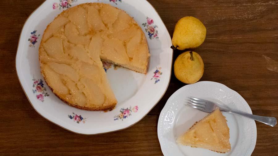 torta invertida de pera